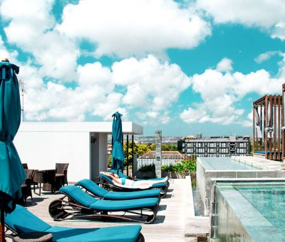 watermark hotel & spa bali roof top pool
