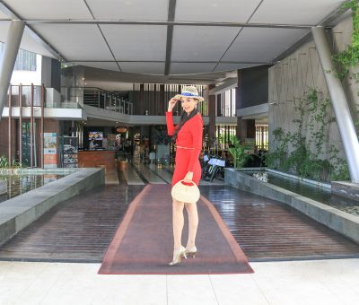 watermark hotel lobby