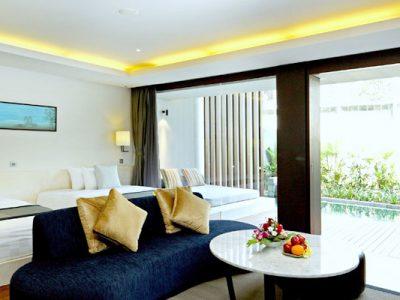 pool suiteroom