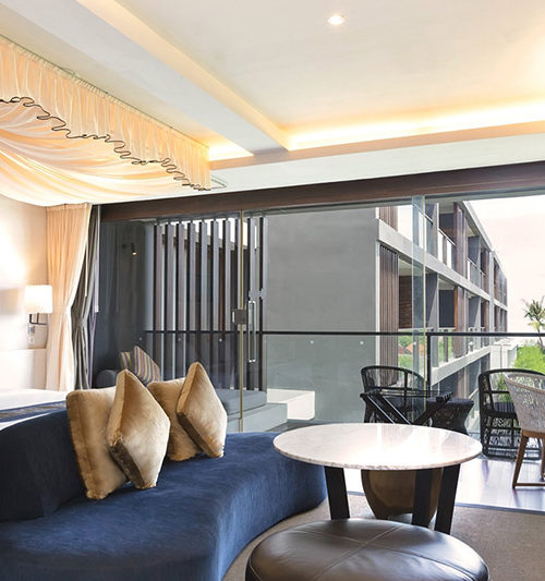 Suite room with canopy watermark hotel bali
